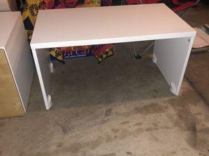 Kids desk for Sale in Niles, IL