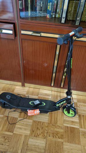 Razor electric scooter for Sale in Dallas, TX