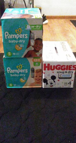 Huggies/Pampers!! for Sale in Denver, CO
