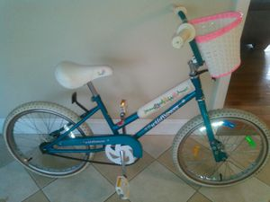 "20"" wildflower bike for Sale in Chelmsford, MA"