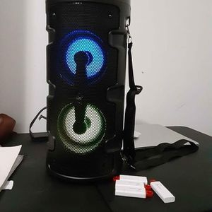 Speakers bluetooth Brand new In The Box for Sale in Miami, FL