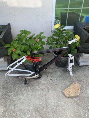 Génesis bike frame for Sale in Orlando, FL