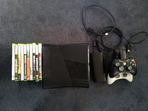 500G Xbox 360 S with 11 games and 2 controllers and charging dock. for Sale in Malaga, WA