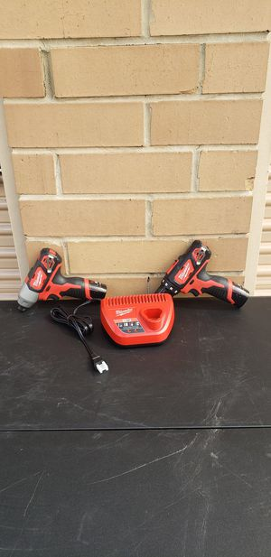 Milwaukee 12v set New Nuevo for Sale in Irving, TX