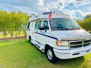 1997 Dodge Ram Leisure travel class b camper van for Sale in Kissimmee, FL