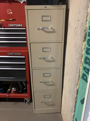 4 drawer metal filing cabinet for Sale in Duluth, GA