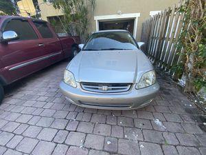 1999 Honda Civic Hatchback for Sale in Miami, FL
