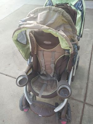 Graco double stroller for Sale in Moreno Valley, CA