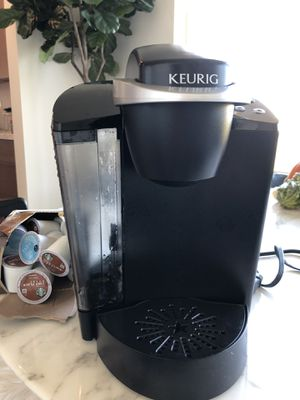 Keurig Classic plus free coffee! Used only a few times for Sale in San Carlos, CA