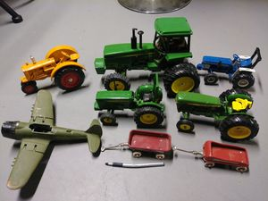 Diecast Toy lot. Very collectable $100 VERY FIRM for Sale in Cleveland, OH
