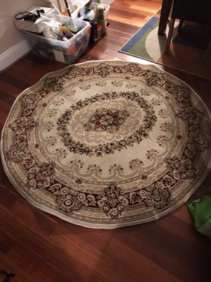 Round rug thick texture for Sale in Germantown, MD