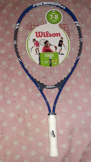 Wilson Federer tennis racket 23 in length Wilson ages 7 to 8 youth tennis racket for Sale in Hialeah, FL