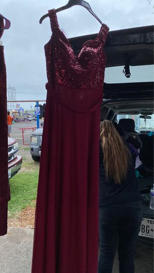 Long red dress for Sale in San Antonio, TX