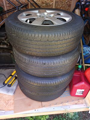 Toyo-Winter tires....5 lug 195/65 for Sale in Charlotte, NC