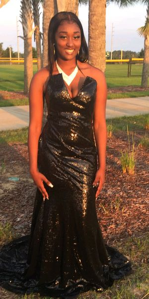 Prom dress for sale $$$ for Sale in Kissimmee, FL
