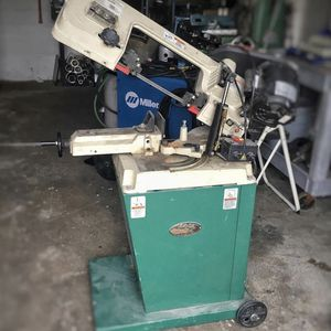 Grizzly Band Saw G9742 for Sale in Tukwila, WA