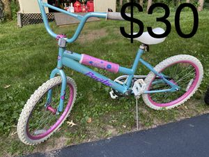 Kids bike 20 inch for Sale in Eau Claire, WI