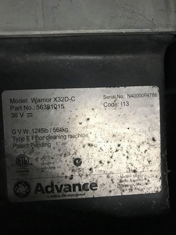 """Advance 32"""" Warrior Automatic Scrubber"""