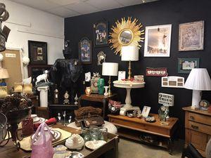 Vintage One-of-kind Shop for Sale in Phoenix, AZ