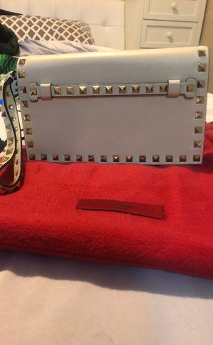 Valentino Wristlet Cream w red inside -350$ for Sale in Benicia, CA