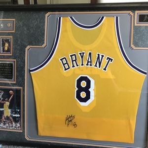 Kobe Bryant Signed Jersey for Sale in San Clemente, CA
