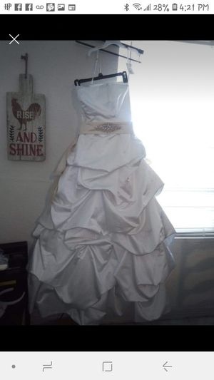 Brand new wedding dress for Sale in Pasadena, TX