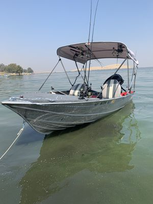 14ft GREGER comes with Mercury 25HP Four stroke Big foot ,Boat comes with Trailer , speakers , Fish Finder, bimi top , rod holders storage space has for Sale in San Jose, CA