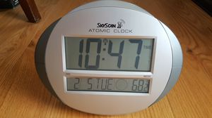 Atomic clock w Alarm, Temperature and Moon phase for Sale in Duluth, GA