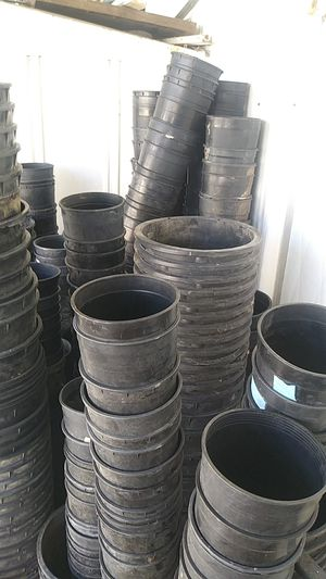 Planting pots for Sale in North Salt Lake, UT