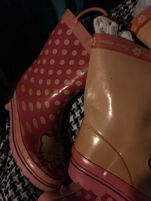 Hello kitty girl rain boots size 11/12 & 13/1 $25 each for Sale in Mesquite, TX