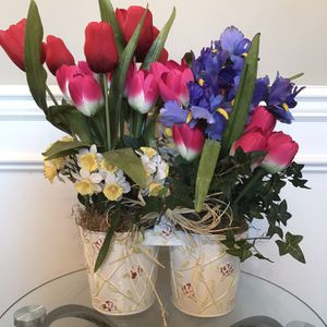 "❤️Double Flower Arrangement in Metal Tins with Wood Handle 19""T, Tins 6""T- from Flowers Inc. Balloons, Inc. for Sale in Lexington, KY"