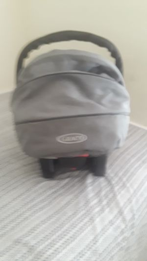 Graco baby car seat with bases for Sale in Ocean Ridge, FL