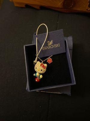 Hello kitty Swarovski necklace for Sale in Paramount, CA