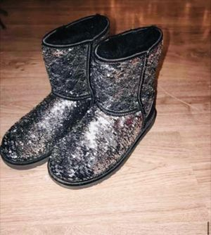 Black and Silver Sequin Ugg boots for Sale!!! for Sale in Fayetteville, AR