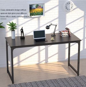 Large 47 inch Desk for Sale in VLG WELLINGTN, FL