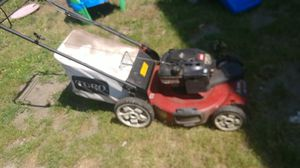 Toro lawn mower self-propelled with bag for Sale in Cleveland, OH