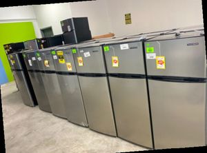 Mini fridge with freezer liquidation sale 🤯🤯🤯 E21 for Sale in Houston, TX