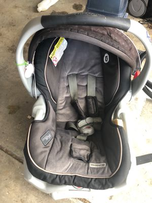 Convertible infant car seat, just washed. for Sale in Denver, CO