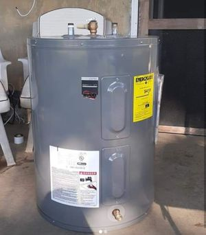 RUUD electric 40 gallon water heater for Sale in Elkridge, MD