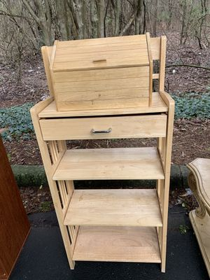 LIGHT WOOD KITCHEN/PANTRY SHELF for Sale in Snellville, GA