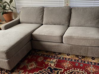 Reversible Chaise Sofa for Sale in San Clemente,  CA