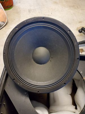 """18"""" DAS SUBWOOFER 600 WATTS RMS 1500 PEAK GOOD WORKING CONDITION for Sale in Hialeah, FL"""