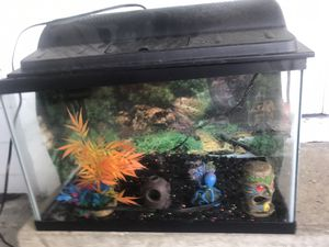 Fish tank with filter, hood light, gravel and decorations over $100 value just got it few weeks ago. Kids didn't want fish for Sale in Lakeland, FL