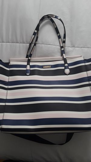 KATE SPADE LARGE TOTE for Sale in Byrnes Mill, MO