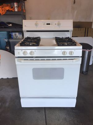 Range Oven by GE for Sale in Las Vegas, NV