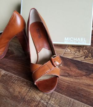 Michael Kors size 8.5 for Sale in Schaumburg, IL