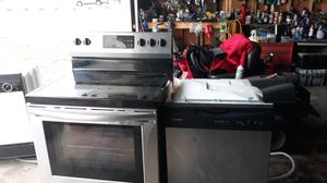 Stove and dishwasher for Sale in Clarksville, TN