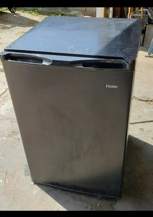 Haier Mini Refrigerator for Sale in E RNCHO DMNGZ, CA