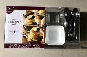 Mini appetizer set- 96 pieces. for Sale in Long Beach, CA