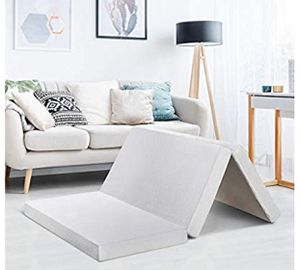 """Best Price Mattress 4"""" Queen Trifold Mattress Topper - CertiPUR-US Memory Foam Mattress Topper with Cover, Queen size for Sale in Las Vegas, NV"""
